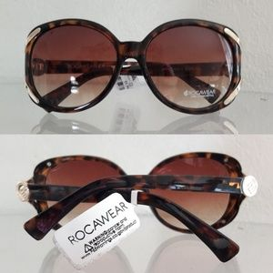 NWT ROCAWEAR OVERSIZED SUNGLASSES SUNNIES
